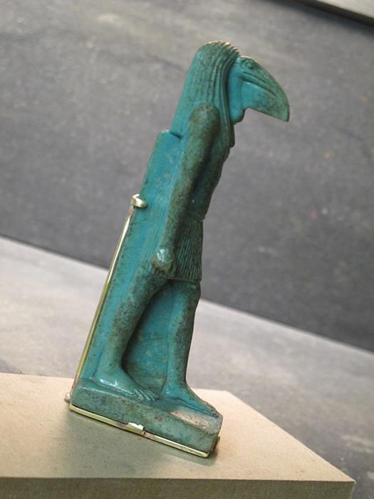 Santa Fe Museum Mountmakers Mount for Egyptian Statuette Padded Brass